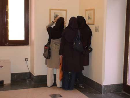 Visitors to Rembrandt exhibition at Saba Cultural and Artistic Center, Tehran