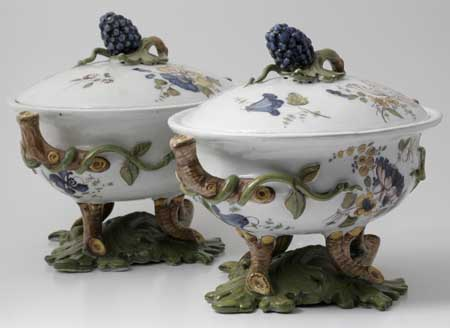 Two soup bowls with grapevine motif made by Arnhem faience plant