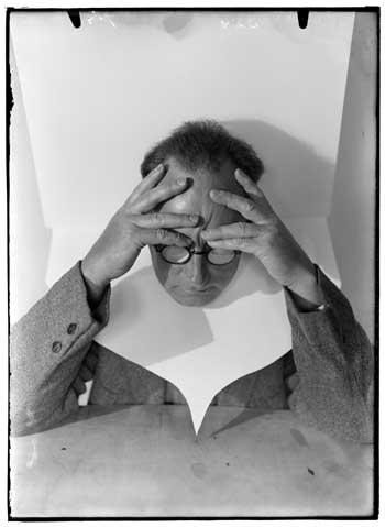 Piet Zwart, Self-portrait. Rotterdam, Nederlands Fotomuseum