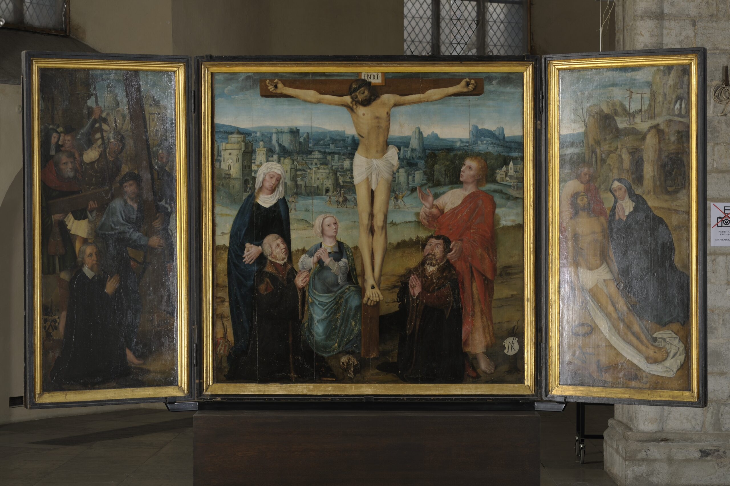 Workshop of the Bruges master Adriaen Isenbrandt, <em>The Passion Altarpiece</em>, ca. 1515-20<br>Art Museum of Estonia