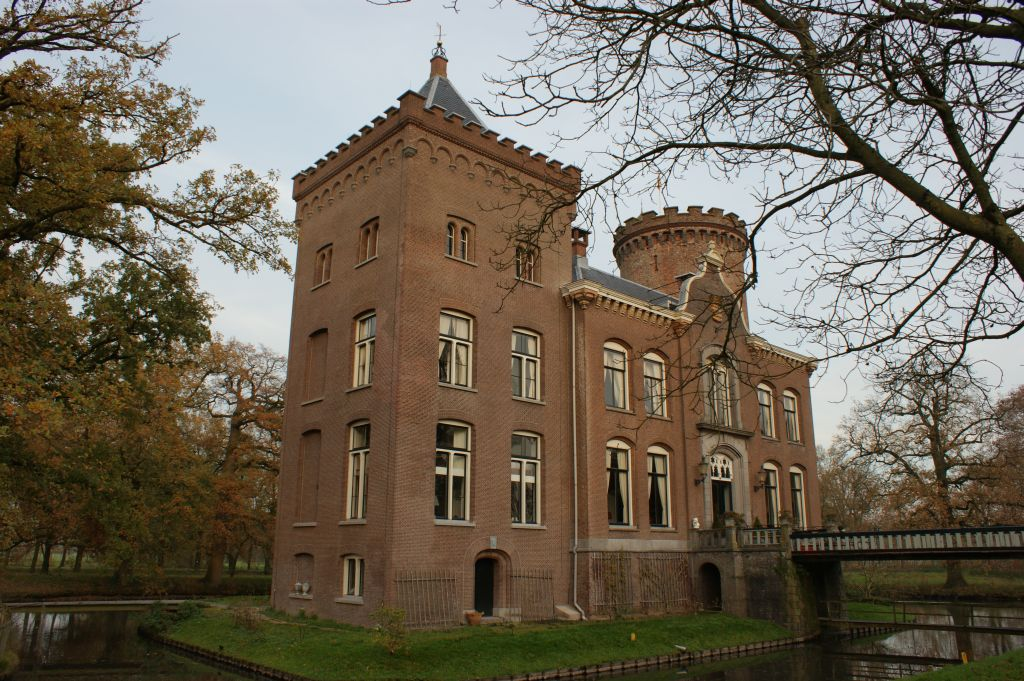 Fig. 2. Sterkenburg Castle in Langbroek. Photo credit @ René Dessing