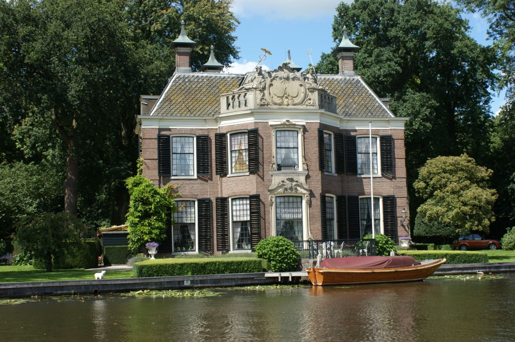 Fig. 1. Ruppelmonde, a country house in Nieuwersluis. Photo credit @ René Dessing