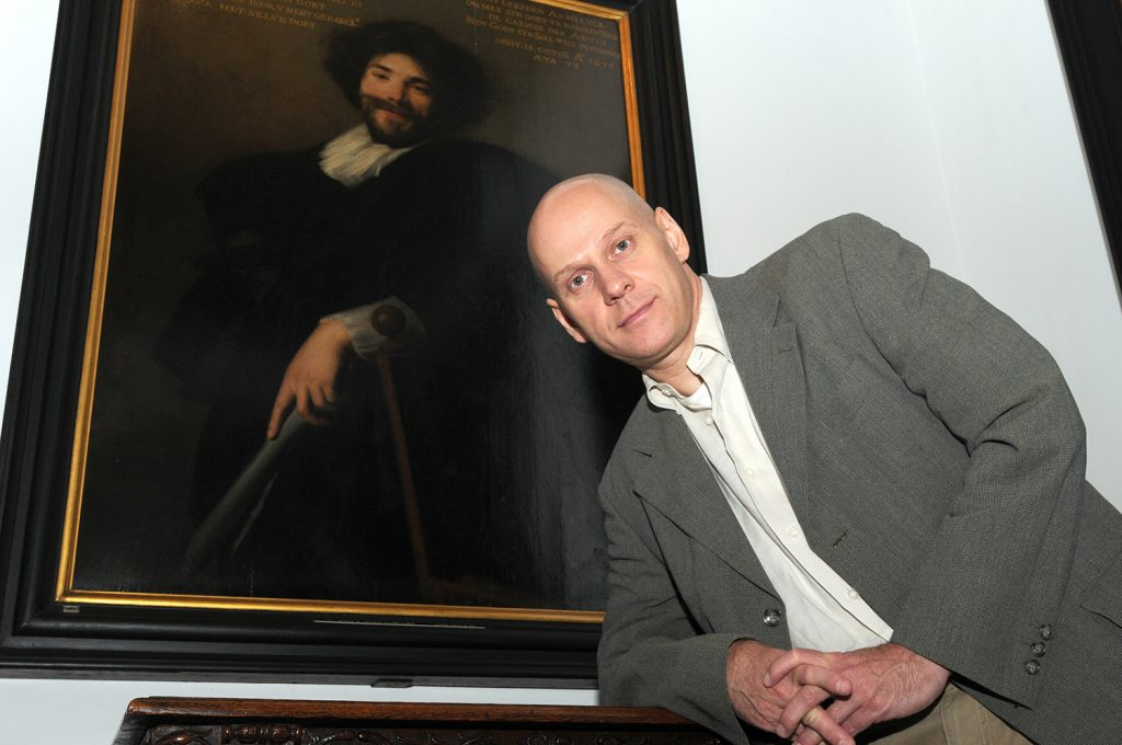 Daniël Christiaens in front of Abraham de Vries, Portrait of Simon de Vos