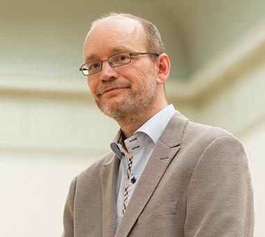 Photo of Dr. Edwin Buijsen