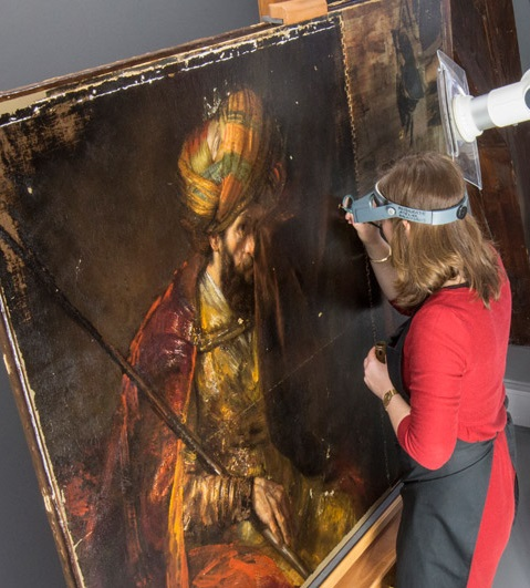 Restoration of Rembrandt's Saul and David in the conservation studio of the Mauritshuis. Photo: Ivo Hoekstra
