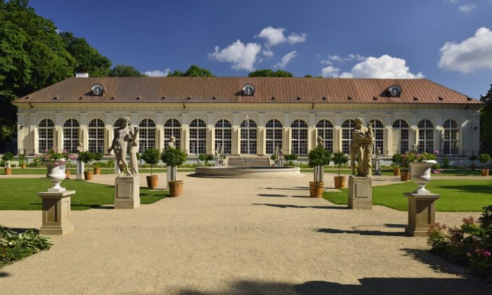 The Old Orangery with the Royal Sculpture Gallery (Photo: Waldemar Panów)