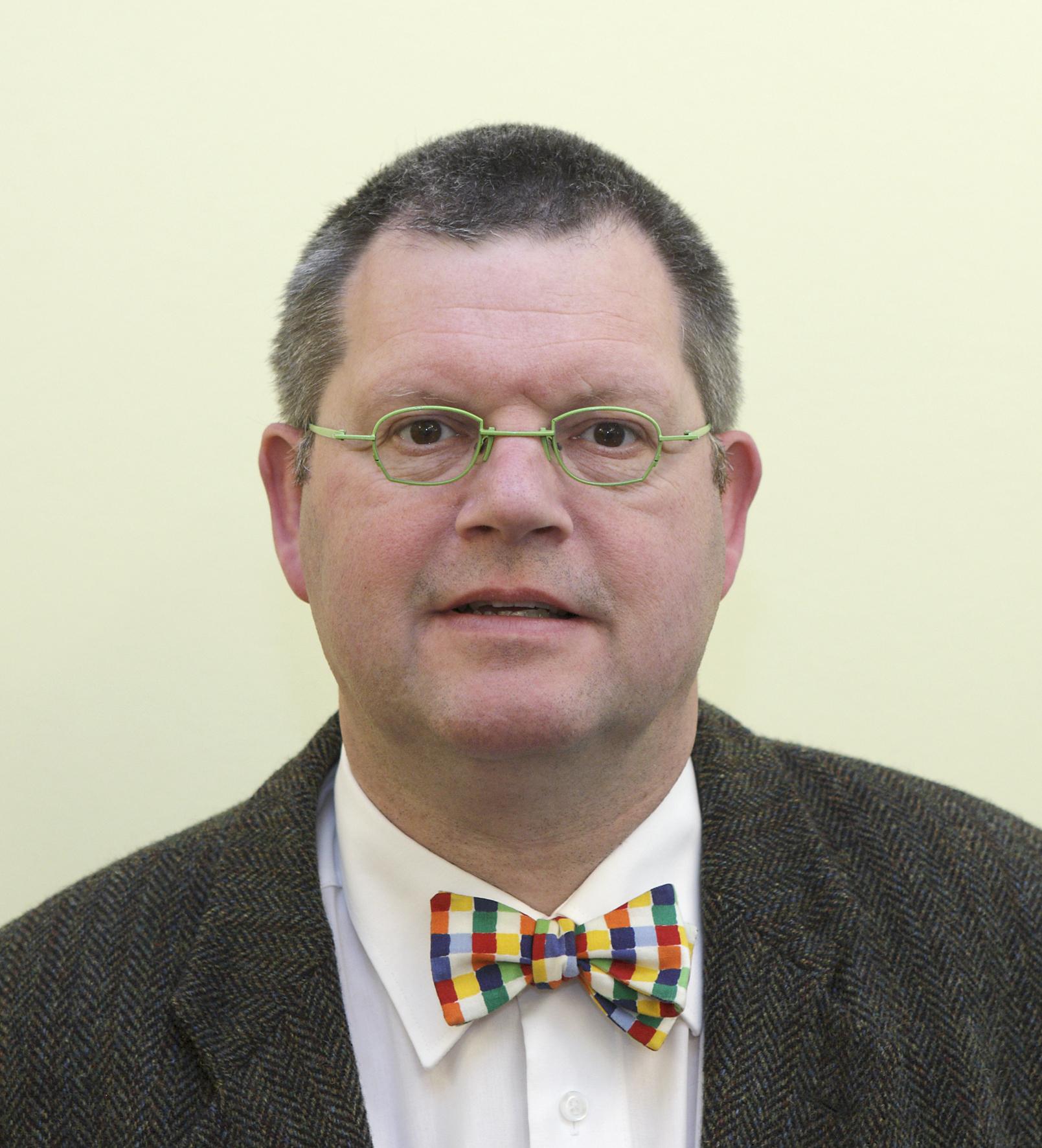 Photo of Dr. Egge Knol