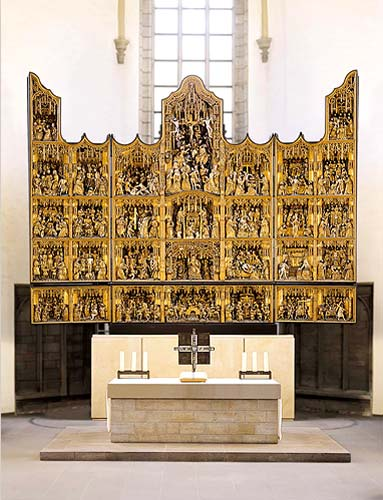 """Jan Gillesz. Wrage and workshop (sculptures) and Adriaan van Overbeck and workshop (paintings), """"The Golden Miracle"""" Altarpiece, 1521 St. Petri-Kirche, Dortmund"""