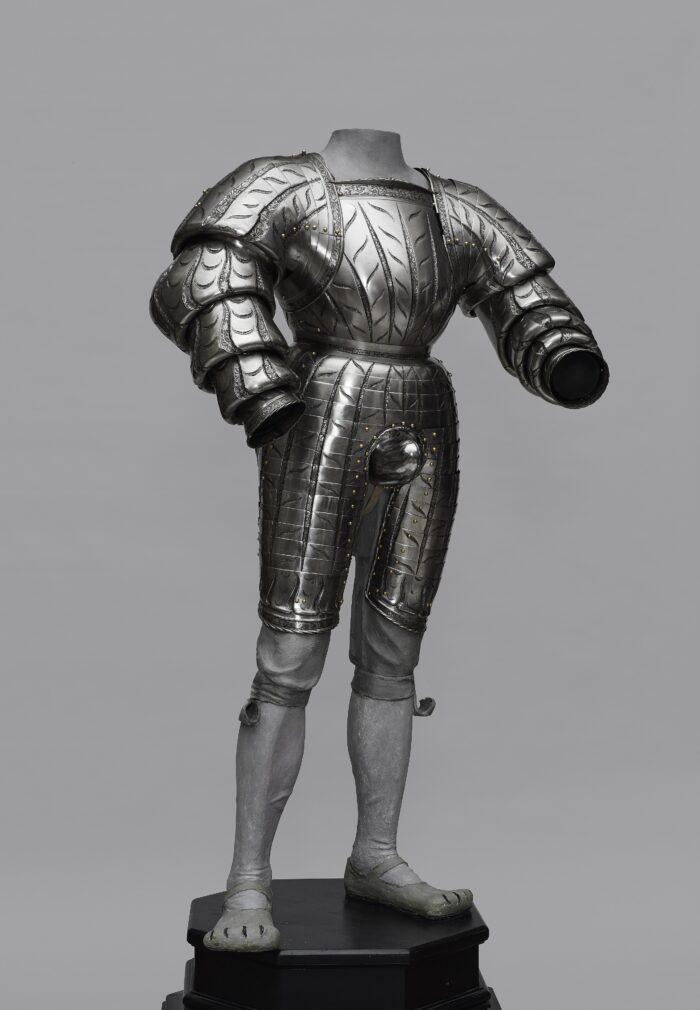 Fig. 11: Kolman Helmschmid (1471-1532), <em>The Landsknecht armor of Wilhelm von Rogendorf (1481-1541)</em>, Augsburg, dated 1523 Kunsthistorisches Museum, Vienna