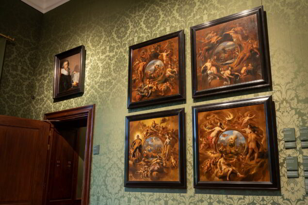 The four paintings reunited at the Mauritshuis Photo: courtesty of the Mauritshuis
