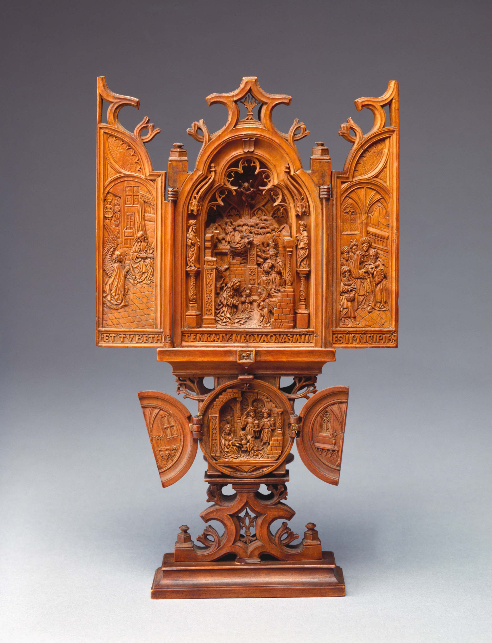 Unidentified artist (Brabant), Triptych, ca. 1520, boxwood, 22.9 x 13.6 cm Detroit Institute of Arts