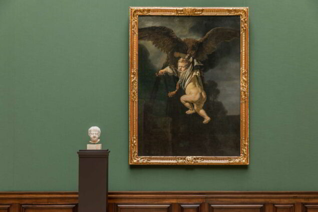 Rembrandt's <em>Ganymede</em> (1635) next to Hendrick de Keysers' <em>Crying Child</em> 1615 in the new Rembrandt room (Photo: David Pinzer © Gemäldegalerie Alte Meister, Staatliche Kunstsammlungen Dresden)