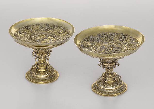 Nicolaes Adriaensz de Grebber,<em>Two drinking bowls with depictions of the four elements and the four seasons</em>, date letters O and Q, 1604 and 1606 Rose-Marie and Eijk de Mol van Otterloo Collection