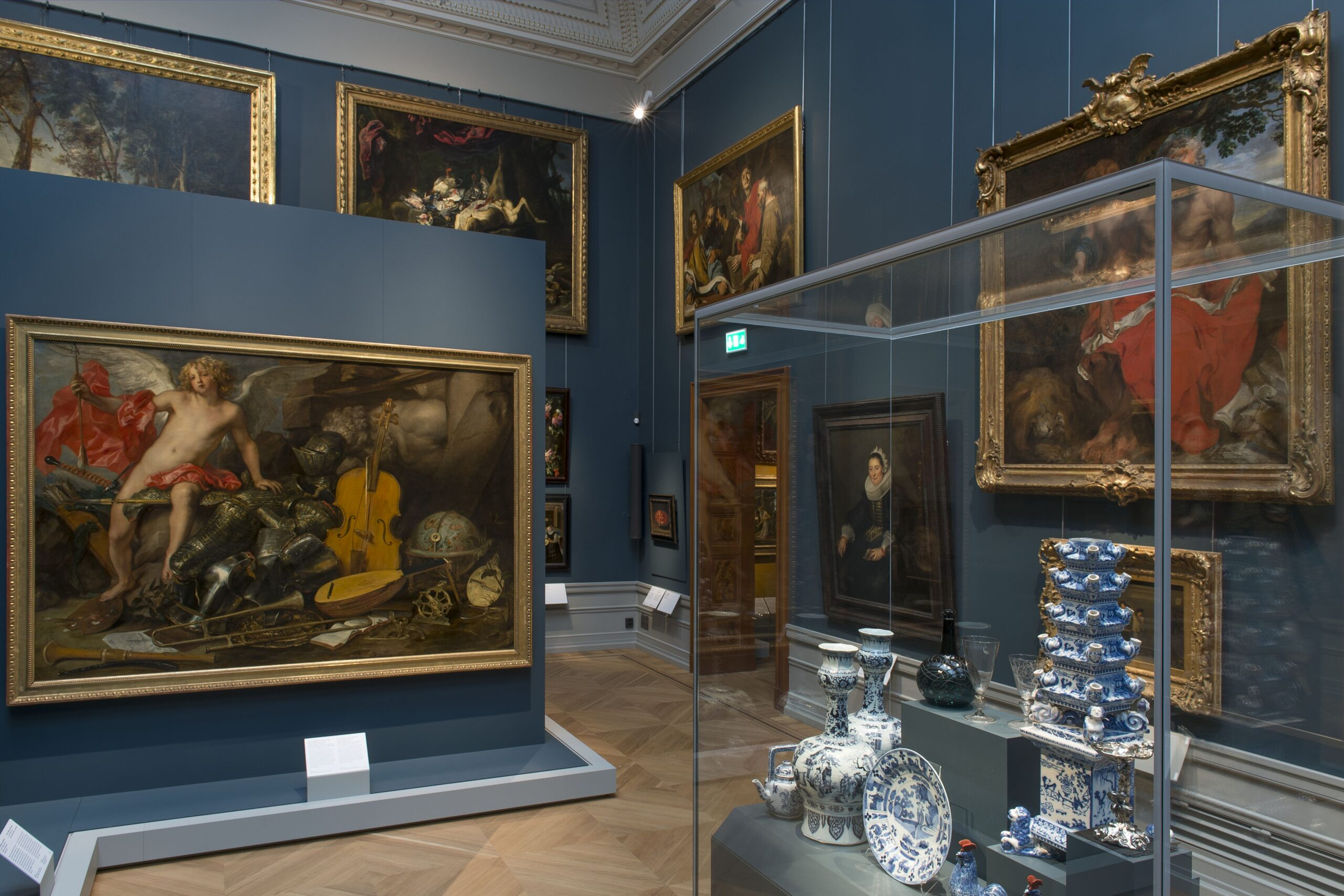 Mixed display at the Nationalmuseum in Stockholm