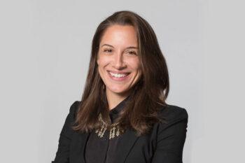 Photo of Dr. Julia Siemon
