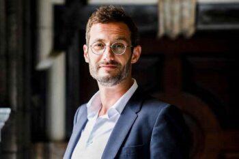 Photo of Dr. Bert Watteeuw
